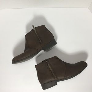 WET SEAL Brown Suede Ankle boot